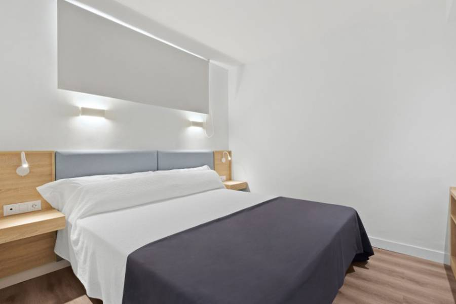 Suite 2 adultes + 1 enfant Hôtel Palmanova Suites by TRH